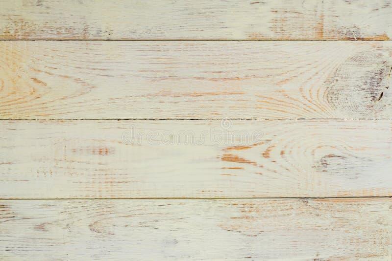 Textura blanca de madera pintada natural de los tablones del fondo de los escritorios vieja fotografía de archivo libre de regalías