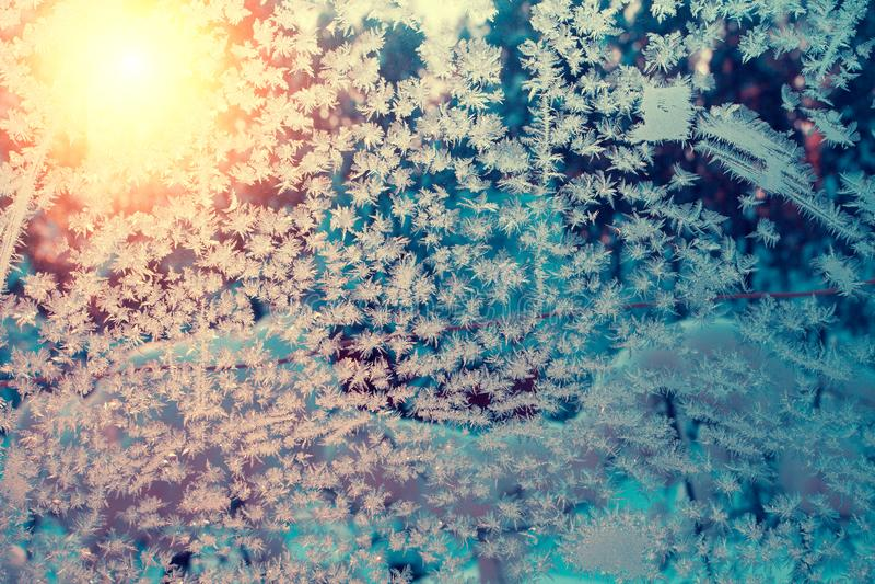 Textura congelada vintage del hielo en la ventana fotos de archivo