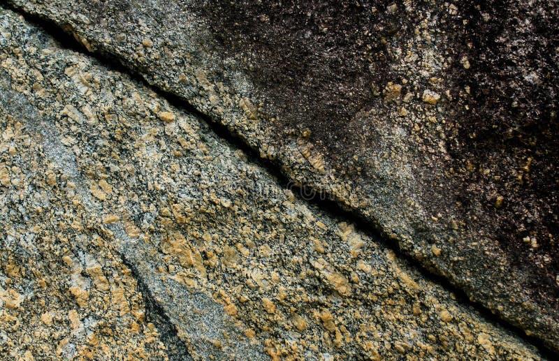 Textura da fissura da parede da rocha imagem de stock