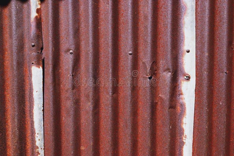 A textura da superfície velha do zinco galvanizou a oxidação, fundo oxidado do zinco foto de stock