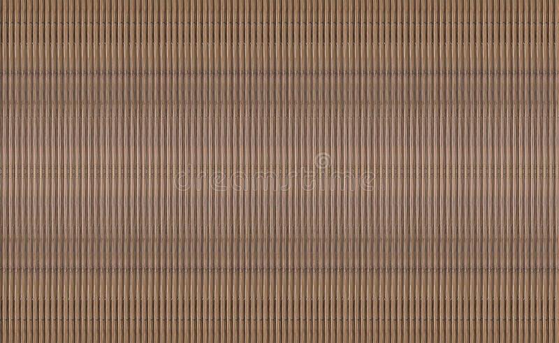 A textura das listras verticais de um pacote maioria das hastes de bambu é repetida que cria um com nervuras textured imagem de stock