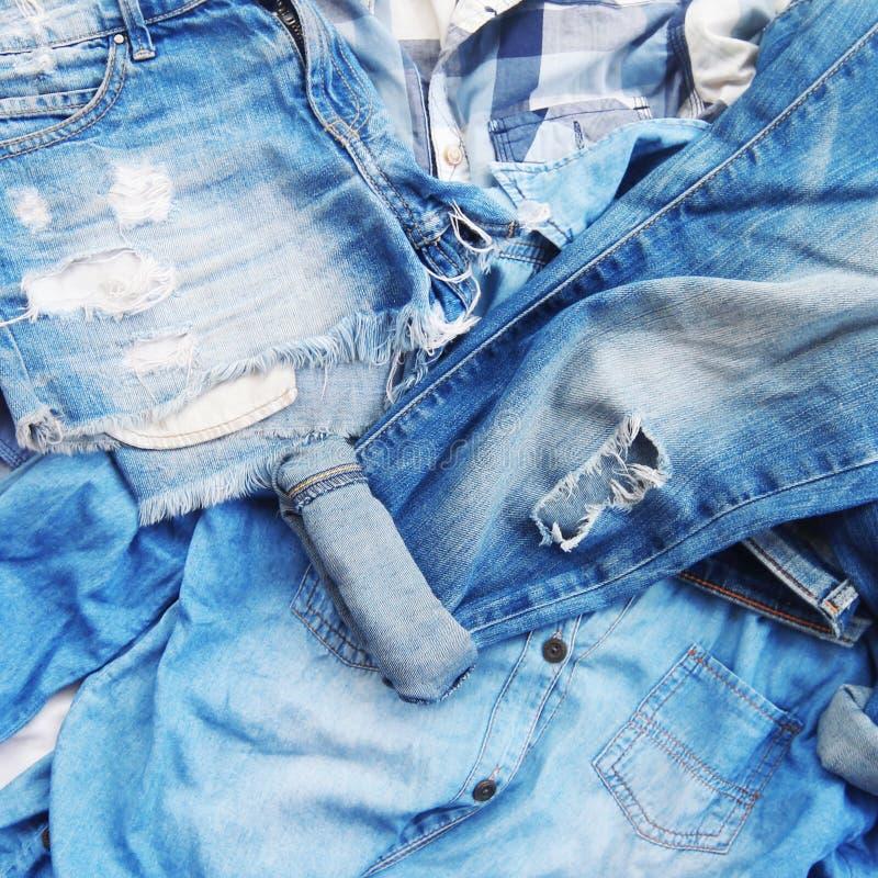 Textura de calças de brim velhas fotografia de stock royalty free