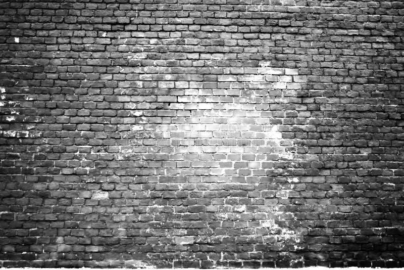 Textura de la pared de ladrillo blanca vieja chamuscada imagen de archivo