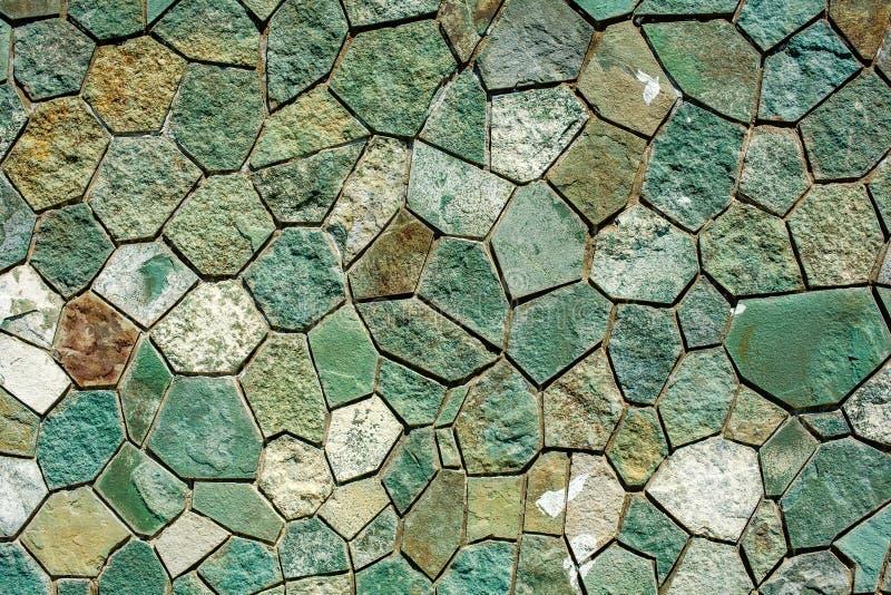 Textura de la pared de piedra en colores fríos fotografía de archivo libre de regalías