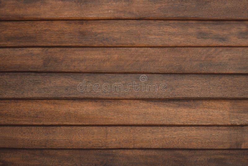 Textura de madeira do marrom escuro com fundo natural do teste padr?o listrado fotografia de stock