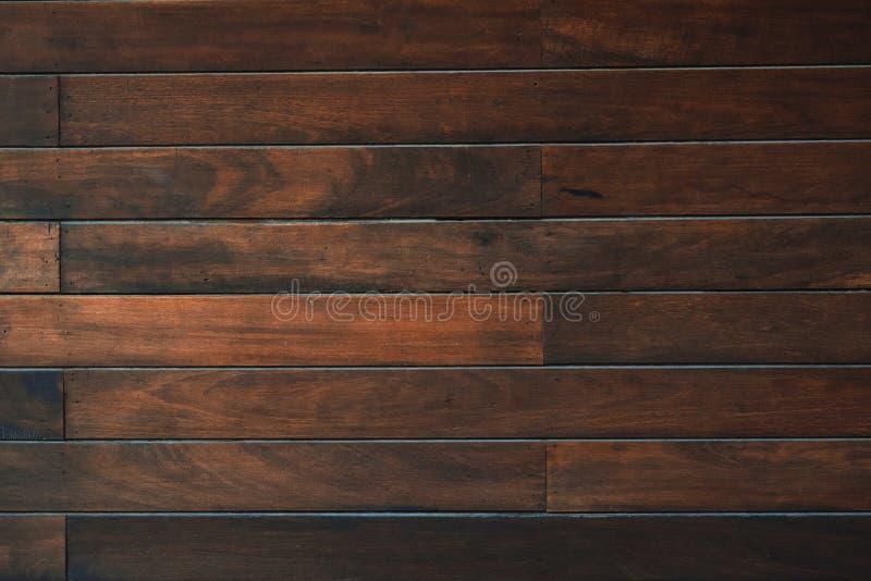 Textura de madeira do marrom escuro com fundo natural do teste padr?o listrado imagens de stock royalty free