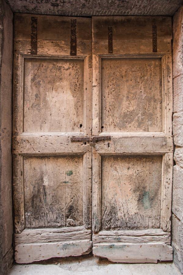 Textura de madera de la puerta imagen de archivo libre de regalías