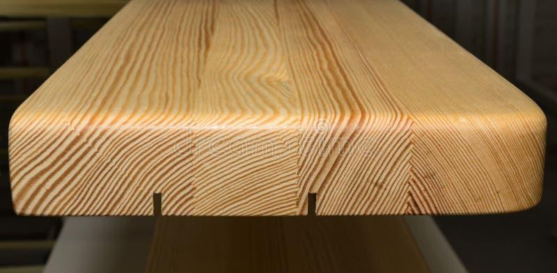 Textura de seção transversal colada do perfil da madeira de pinho imagens de stock royalty free