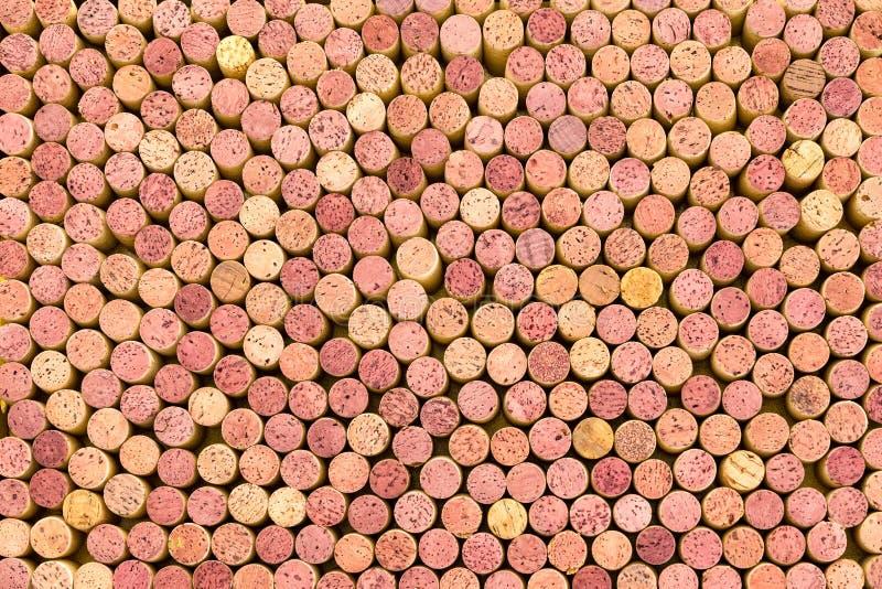 Textura del fondo de los corchos firmemente llenos del vino imagen de archivo