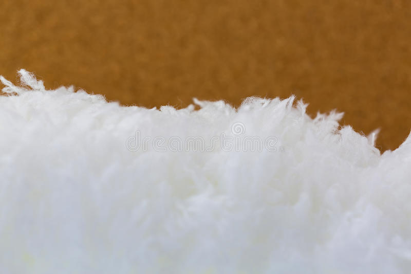 Textura do close up da tela branca macia macia do microfiber da pele no bl foto de stock royalty free
