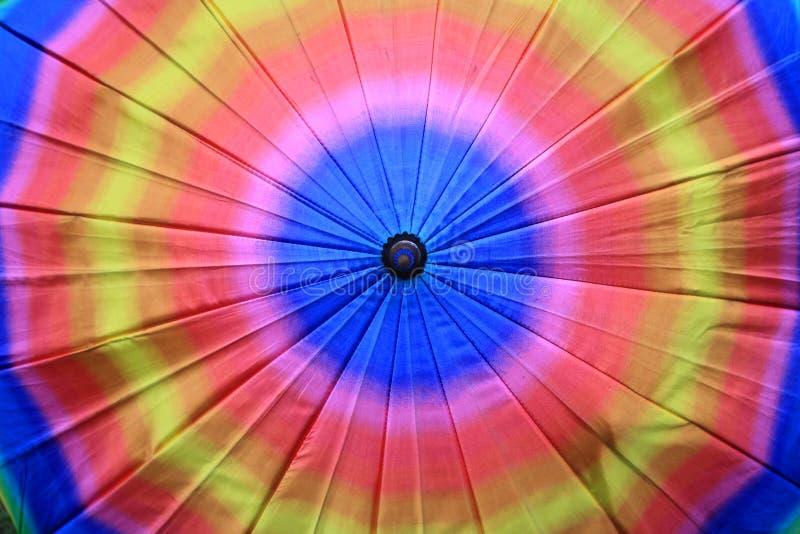 Textura do close up do guarda-chuva colorido do arco-íris foto de stock royalty free