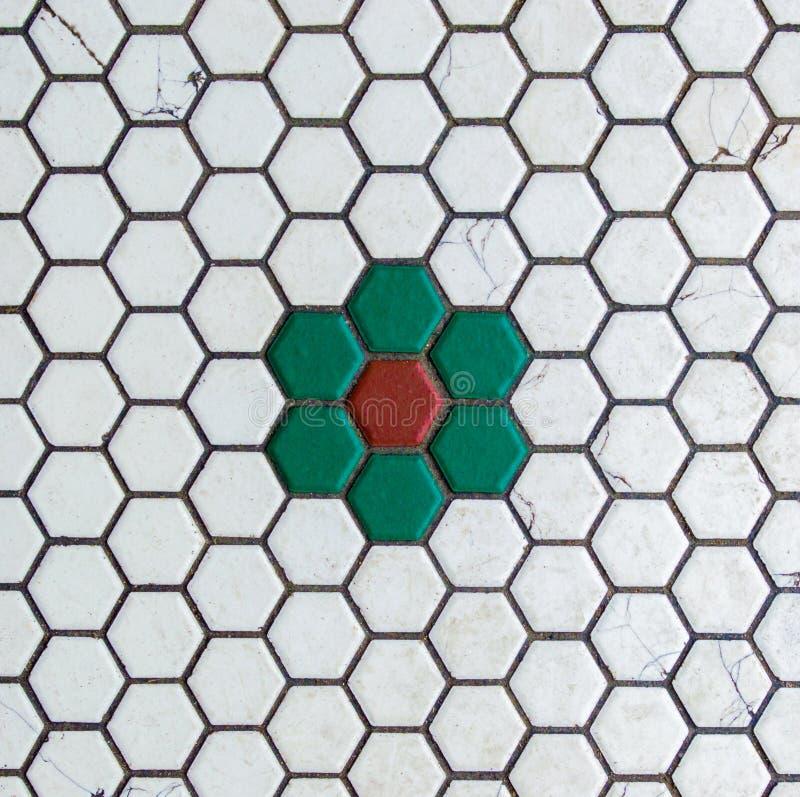 Textura do fundo - perto acima de telhas de mosaico resistidas fotos de stock royalty free