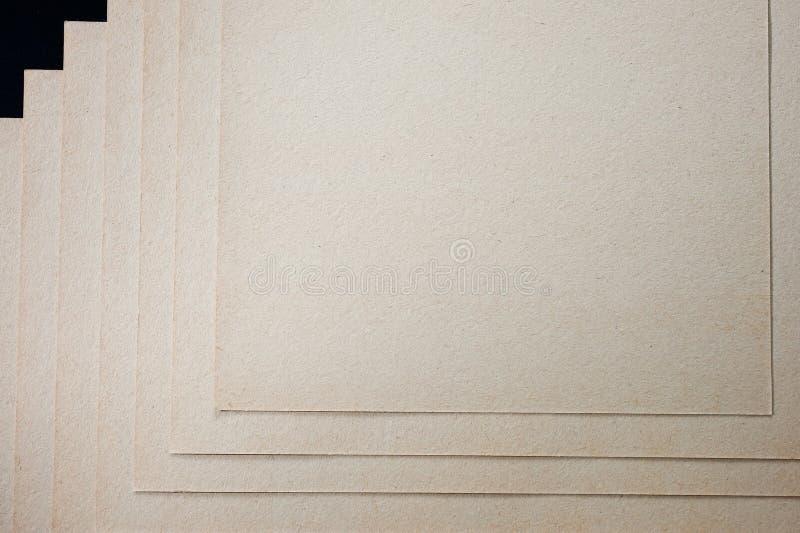 A textura do papel grosseiro, um pacote de cartão imagens de stock royalty free