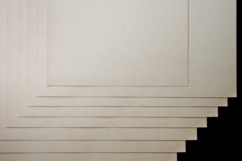 A textura do papel grosseiro, um pacote de cartão foto de stock