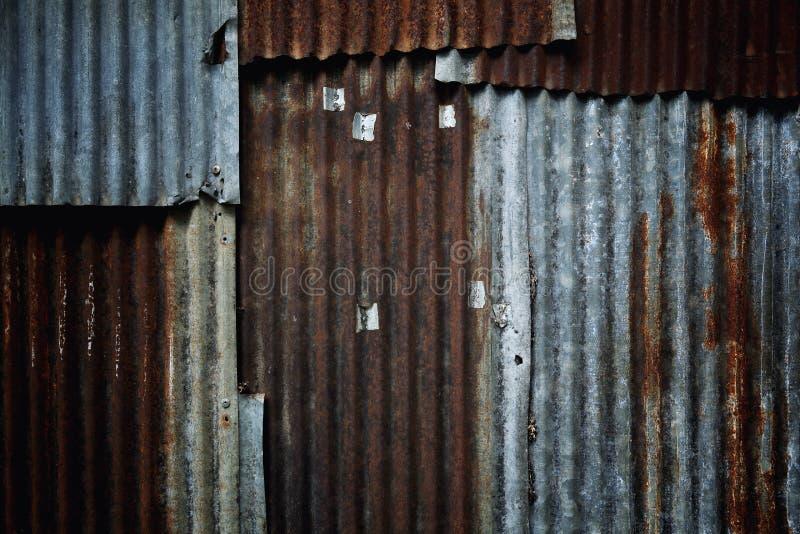 Textura galvanizada oxidada velha do backgroud do zinco foto de stock