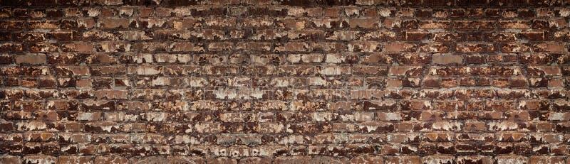 Textura gasto vermelha larga da parede de tijolo Grande contexto da alvenaria velha Fundo retro descascado do grunge da alvenaria ilustração do vetor
