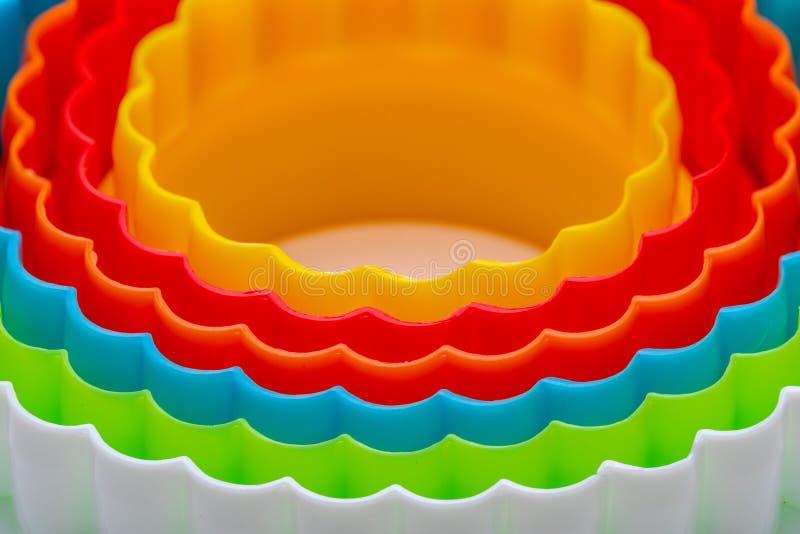 Textura hermosa con los círculos concéntricos con los colores del arco iris stock de ilustración