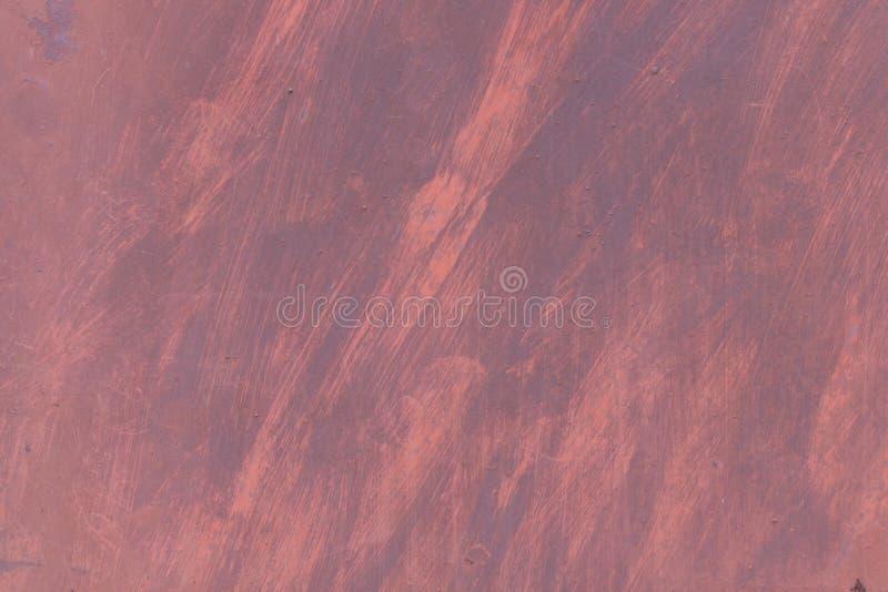 Textura oxidada del metal con los rasgu?os y las grietas rastros de la pintura Colores rojos y azules Copie el espacio imágenes de archivo libres de regalías