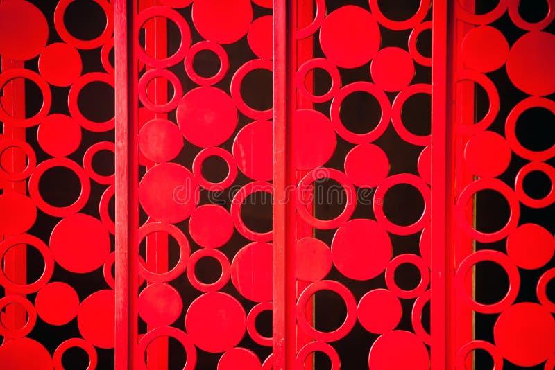 Textura pintada vermelho da cerca do metal fotos de stock royalty free