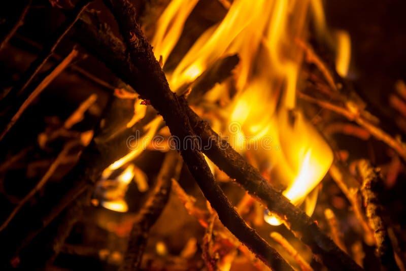 Textura quemada de madera, fondo abstracto imagenes de archivo