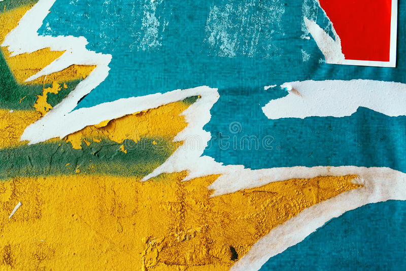 Textura rasgada del papel de carteles del anuncio fotos de archivo libres de regalías