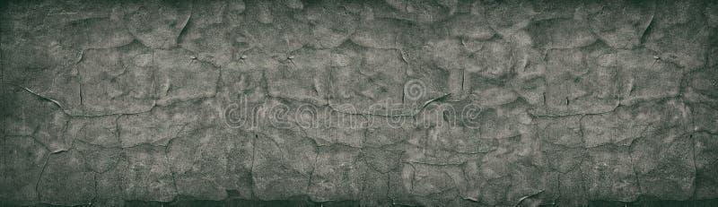 Textura retra amplia del muro de cemento agrietado oscuro Panorama envejecido de la superficie del cemento Fondo panor?mico del v fotografía de archivo libre de regalías