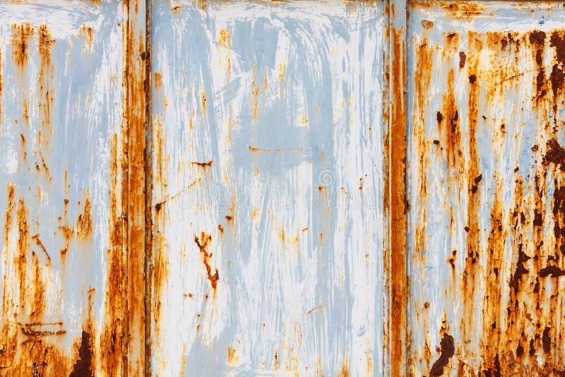 Textura velha do metal da porta imagens de stock royalty free