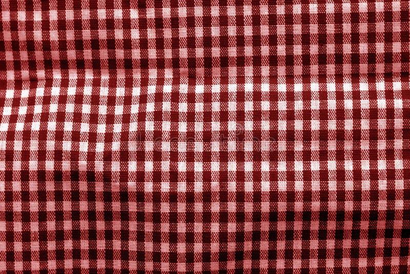 Textura verificada da tela no tom vermelho fotos de stock royalty free