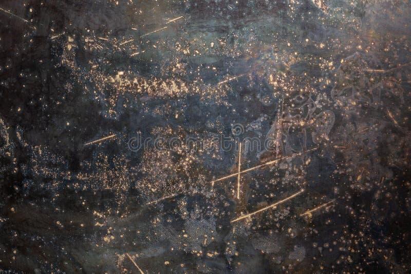Textura y fondo de la chapa de acero bruto negro desgastado con arañazos foto de archivo
