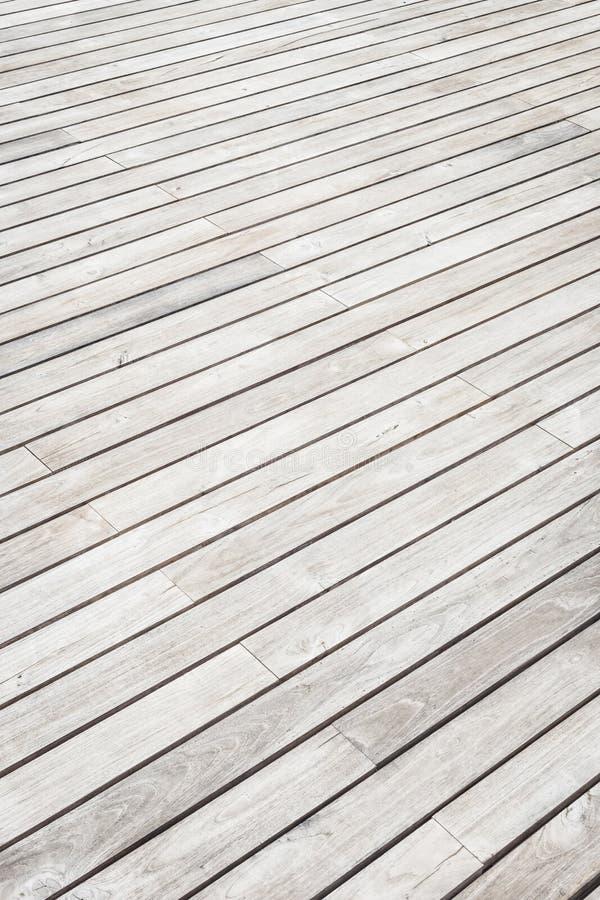 Textura y fondo de madera grises del decking imagen de archivo