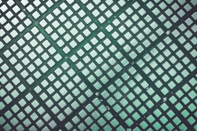 Texture de la plate-forme argentée en métal sur le plancher pour le fond images stock