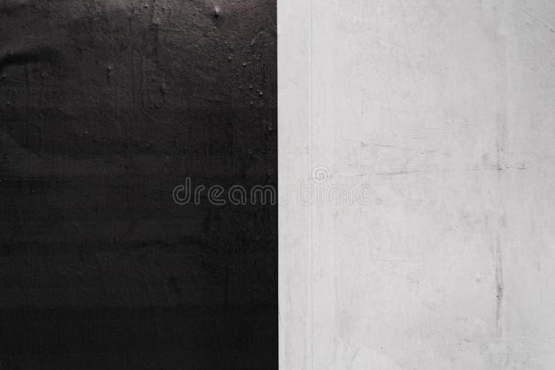 Texture de papier chiffonnée plissée noire et blanche de blanc image libre de droits