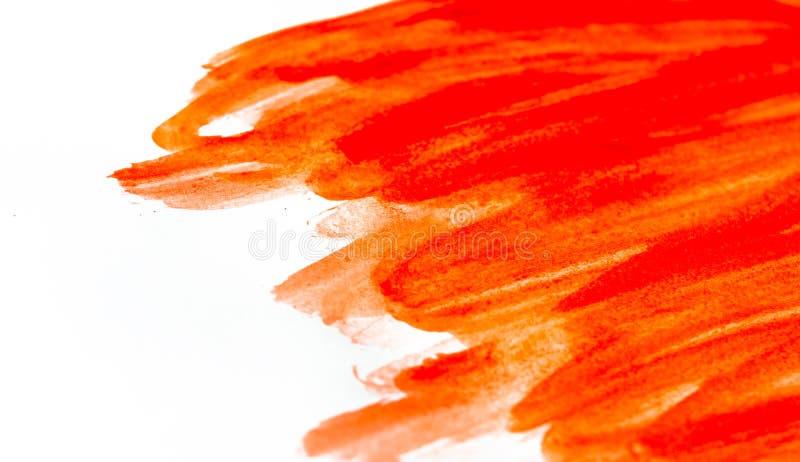 Texture de peinture rouge d'aquarelle sur le livre blanc Fond horizontal avec des taches des courses pour aquarelle de brosse image stock