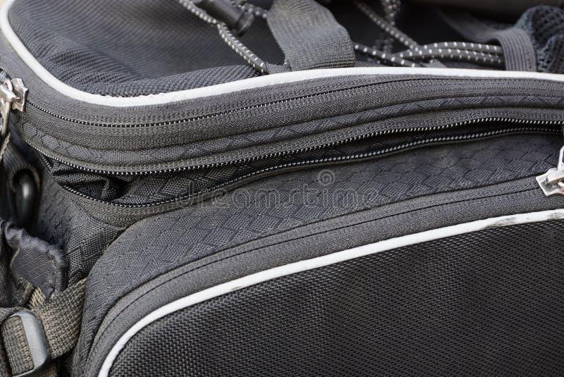 texture de tissu de sac avec la poignée et la fermeture éclair photos stock
