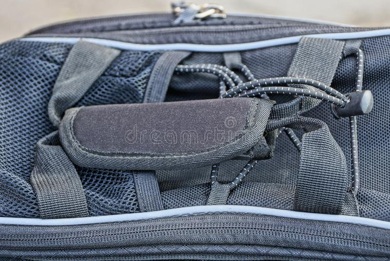 texture de tissu de sac avec la poign?e et la fermeture ?clair photos libres de droits