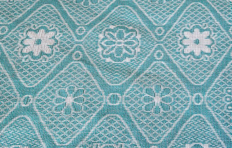 Texture, dense, tissu, avec l'original, floral, modèle, sur le fond bleu-foncé, bleu, blanc, bleu, Soviétique, fond, vide image libre de droits