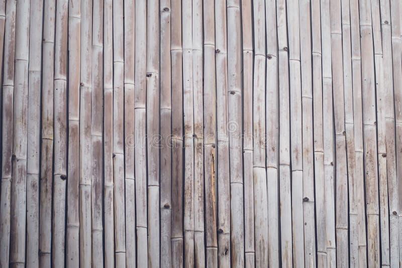 Texture en bambou de barri?re de planche de vieux ton brun pour le fond photos stock
