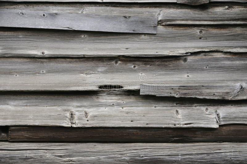 Texture en bois minable de rondins Vieille barri?re en bois, surface de grange Mur grunge de ch?ne superficiel par les agents par image stock