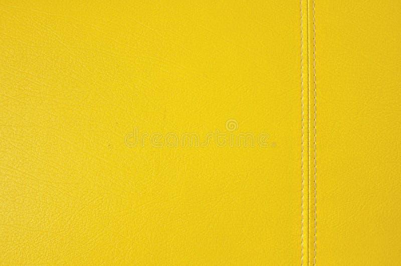 Texture en cuir jaune photos stock