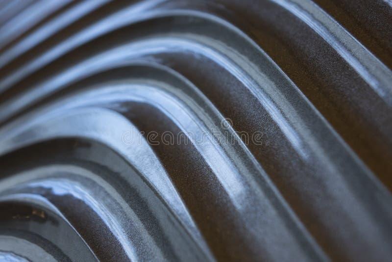 Texture grise de mur, modèle abstrait, fond moderne de vague et géométrique onduleux de couche de chevauchement photos stock