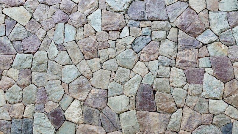 Texture horizontale de fond de vieux mur moderne de roche Fin vers le haut Copiez l'espace Maçonnerie texturisée images libres de droits
