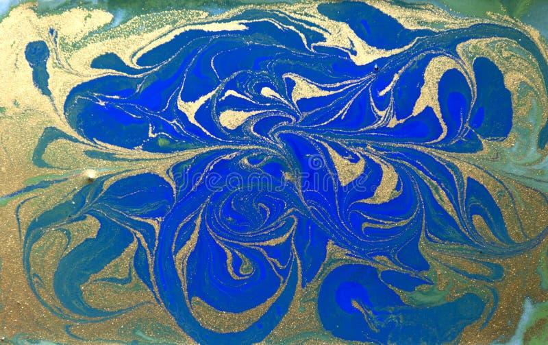 Texture liquide bleue, verte et d'or, fond de marbrure tiré par la main d'aquarelle illustration libre de droits