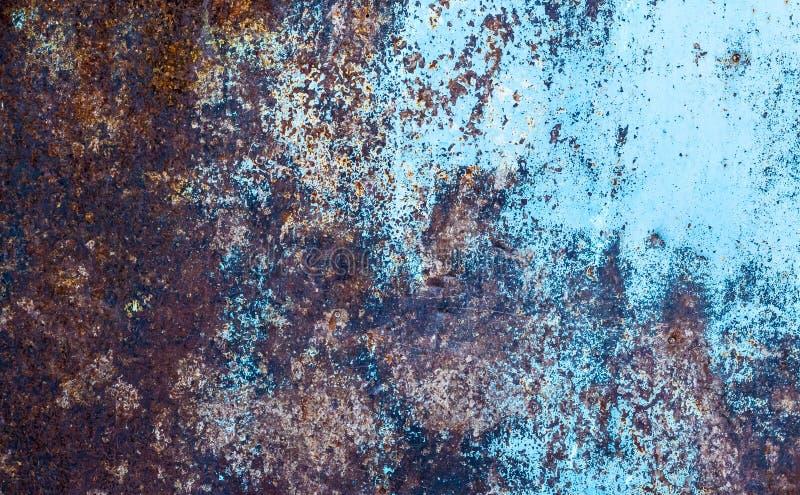 Texture métallique rouillée Oxydation du métal Grunge, steampunk, rock, vintage Fond de fer, marron, rouge et bleu photographie stock