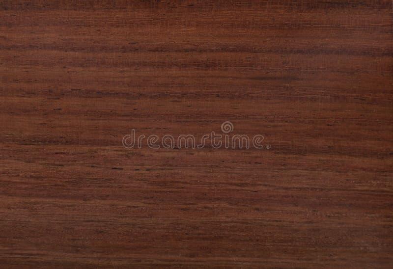 Texture rouge en bois de Sisham image stock