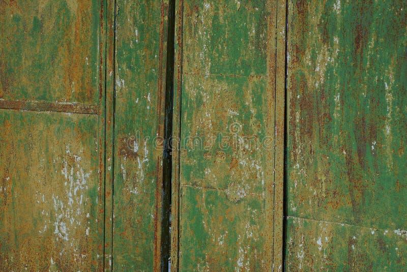 Texture verte de métal d'un vieux morceau rouillé de fer image stock