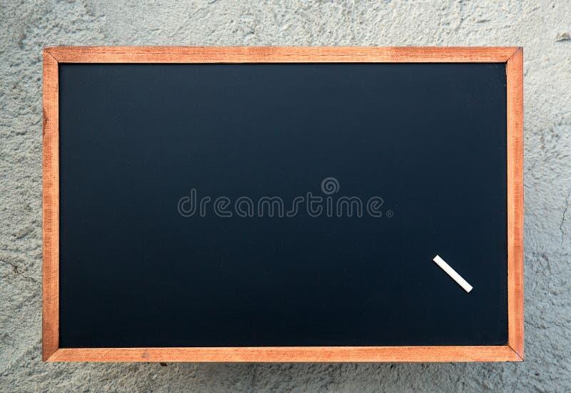 Texture vide de tableau avec une craie blanche Image pour le fond images stock