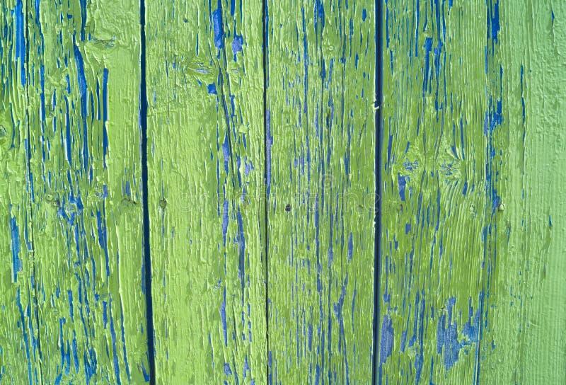 Textured przemysłowy grunge tło - lekki beż i popielaty obieranie malujemy na starej szorstkiej betonowej powierzchni obrazy stock