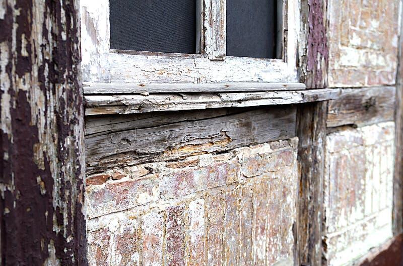 Texturen av den forntida forntida väggen av huset som göras i den tyska stilen korsvirkes- tysk arkitektur arkivfoton