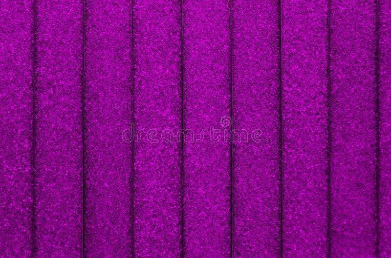 Textuur purpere kleur met verticale strepen en zeer kleine cirkels stock fotografie