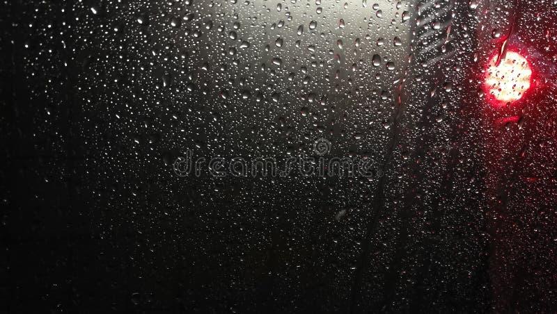 Textuur van de dalingen van regen op het glas royalty-vrije stock afbeeldingen